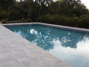 piscine-bord-gris